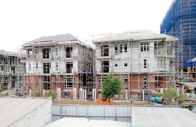 Tân Phó chủ tịch TP.HCM nói về hướng xử lý 110 biệt thự xây không phép của Hưng Lộc Phát - Ảnh 2.