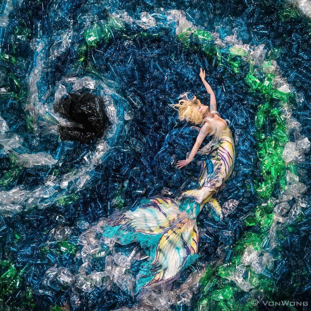 Từ rác thải nhựa trên khắp thế giới, nghệ sĩ thị giác đã biến chúng thành những tác phẩm nghệ thuật khiến ai cũng phải xuýt xoa trầm trồ - Ảnh 3.