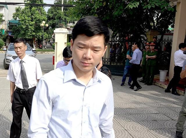Tòa phúc thẩm phạt Hoàng Công Lương 30 tháng tù giam - Ảnh 1.