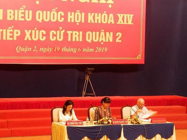 Cử tri tiếp tục hỏi bà Nguyễn Thị Quyết Tâm về vấn đề Thủ Thiêm - Ảnh 1.