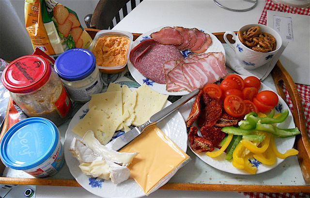 Cùng điểm qua bữa sáng trên khắp thế giới: Trong khi Việt Nam gắn liền với phở hay bánh mì thì các quốc gia khác bắt đầu ngày mới như thế nào? - Ảnh 6.