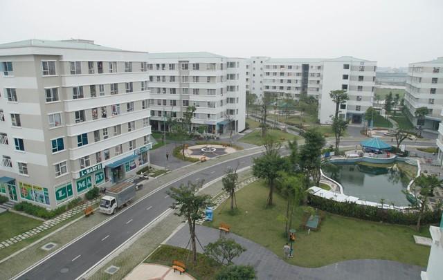 Thị trường nhà ở Tp.HCM và Hà Nội giao dịch đều giảm mạnh - Ảnh 1.
