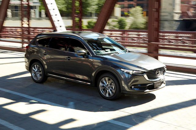 Mazda CX-8 chốt giá từ 1,149 tỷ đồng tại Việt Nam - Ảnh 1.