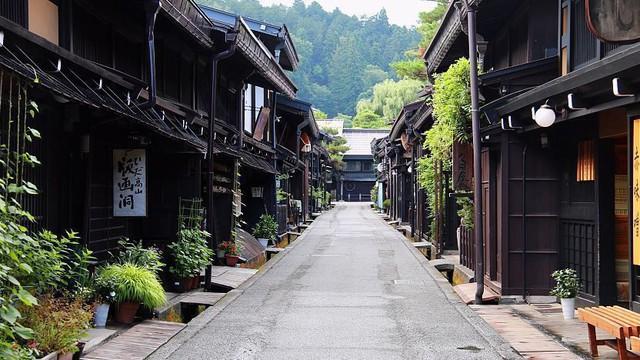 Lối sống dẫn tới hạnh phúc của người Nhật giữa thời đại sống gấp: Không mong cầu thành tựu lớn, giàu sang phú quý, tìm kiếm sự an nhiên trong những niềm vui đơn giản - Ảnh 1.