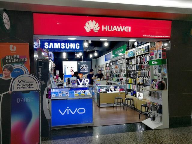 Con ngựa Huawei đang đau, ngay lập tức đã có hãng Trung Quốc khác nhảy lên ăn cỏ hộ - Ảnh 2.