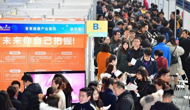 Mỹ không còn là miền đất hứa, nhân sự tài năng của Trung Quốc ùn ùn bỏ về làm việc cho Xiaomi, Huawei - Ảnh 2.