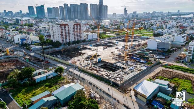Cận cảnh dự án Raemian Galaxy City hơn 13.000 căn hộ nằm trong trung tâm Thủ Thiêm xây lụi - Ảnh 1.