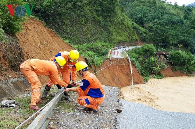 Ảnh: Huyện nghèo ở Lai Châu tan hoang sau cơn lũ đầu mùa - Ảnh 17.