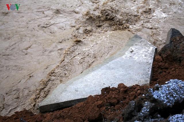 Ảnh: Huyện nghèo ở Lai Châu tan hoang sau cơn lũ đầu mùa - Ảnh 6.