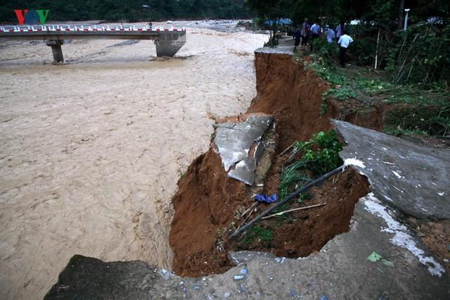 Ảnh: Huyện nghèo ở Lai Châu tan hoang sau cơn lũ đầu mùa - Ảnh 7.
