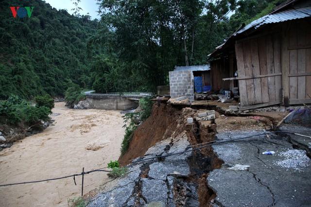 Ảnh: Huyện nghèo ở Lai Châu tan hoang sau cơn lũ đầu mùa - Ảnh 8.