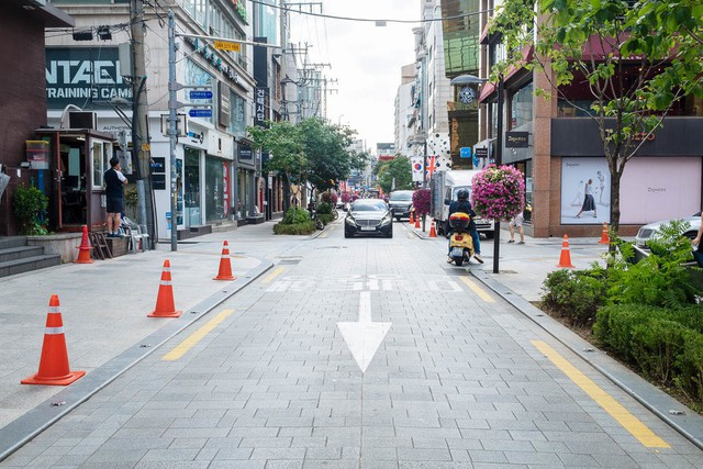 Có gì bên trong khu nhà giàu Gangnam nổi tiếng Hàn Quốc? - Ảnh 3.
