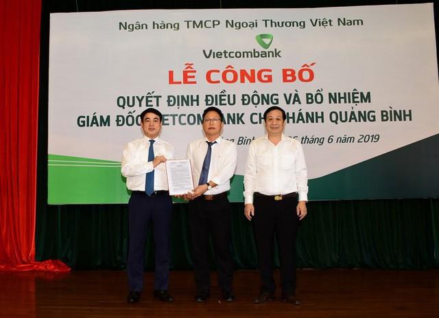 Vietcombank điều động, bổ nhiệm 3 giám đốc chi nhánh - Ảnh 2.