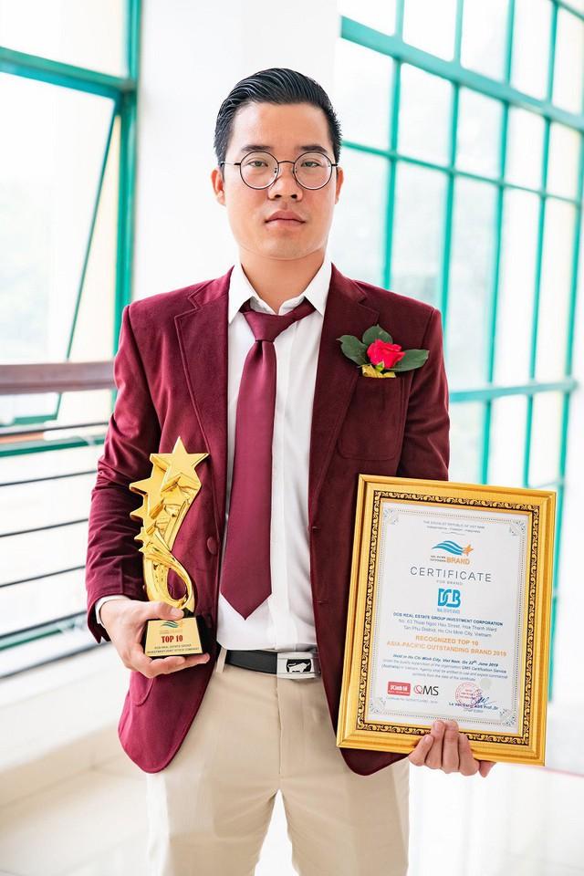 Chủ tịch Tập đoàn địa ốc DCB nhận giải thưởng Top 10 Thương hiệu tiêu biểu Châu Á Thái Bình Dương - Ảnh 2.