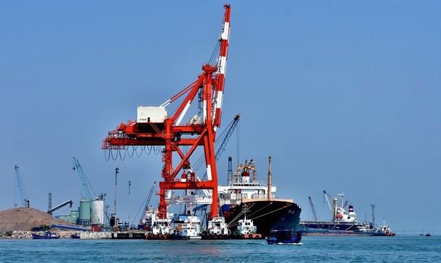 Cảng Quy Nhơn thay mới hàng loạt lãnh đạo chủ chốt sau chuyển giao - Ảnh 2.