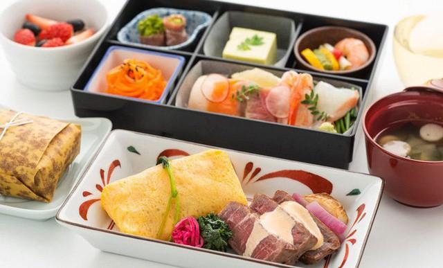 Hãng hàng không phục vụ bữa ăn Michelin cho hành khách, nhưng chỉ giới hạn cho trẻ em - Ảnh 4.