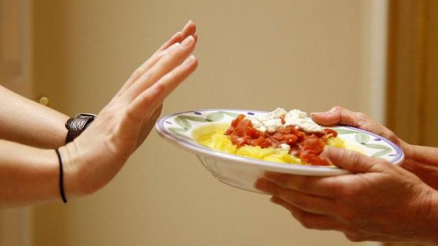 Nghệ thuật ăn uống mùa nóng: Không phải cứ đồ lạnh thì sẽ hạ nhiệt và một số nguyên tắc cần biết khác - Ảnh 4.