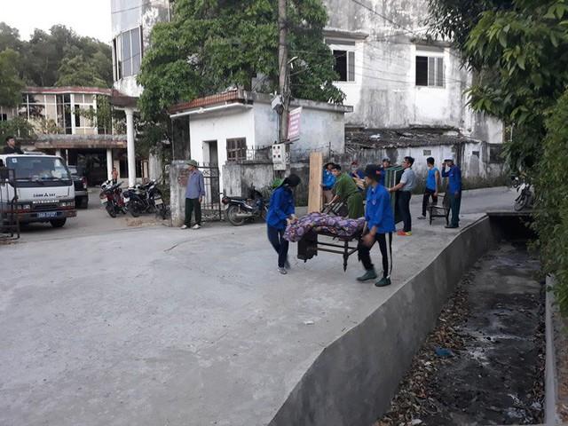 Toàn cảnh vụ cháy rừng thông lớn nhất Hà Tĩnh, di dời tài sản cả trăm hộ dân - Ảnh 10.