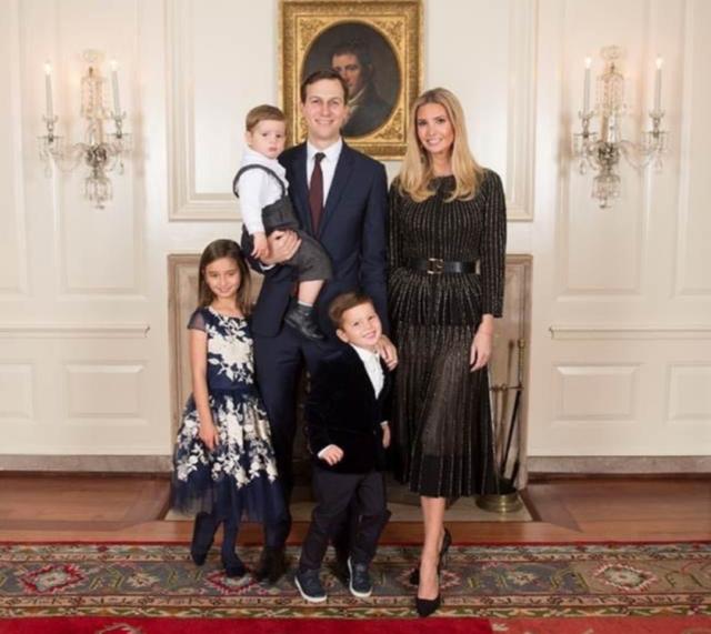 Điều ít biết về 3 nhóc tì đáng yêu, ngắm mãi không biết chán của nữ thần Ivanka Trump - Ảnh 11.