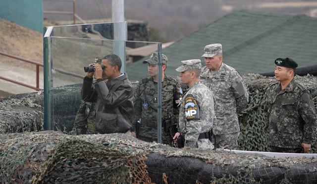 NÓNG: Ông Trump đi 20 bước lên lãnh thổ Triều Tiên, tạo nên LỊCH SỬ mới cho quan hệ Mỹ - Triều - Ảnh 15.