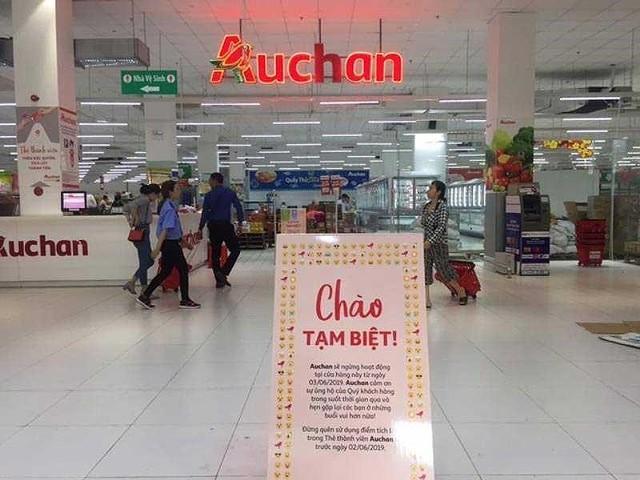Khó hiểu thương vụ bán 18 siêu thị Auchan Việt Nam - Ảnh 1.