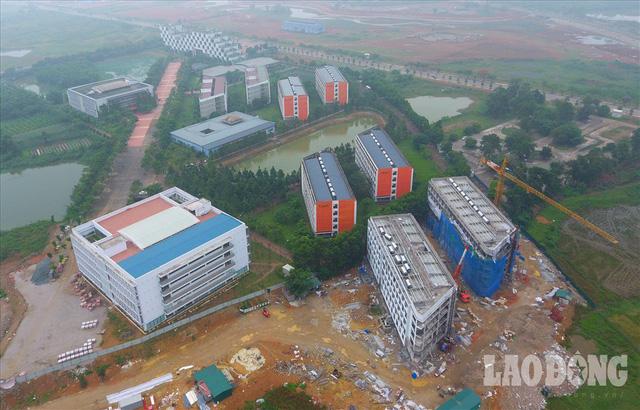 Bệnh viện 2.700 tỉ đồng bị bỏ hoang, 1.000 giường bệnh vẫn nằm trên giấy - Ảnh 1.