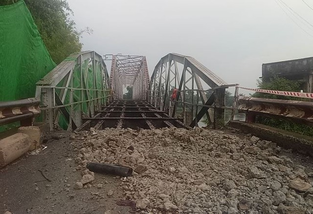 Chính thức khai tử cây cầu sắt lịch sử 106 tuổi - Ảnh 3.