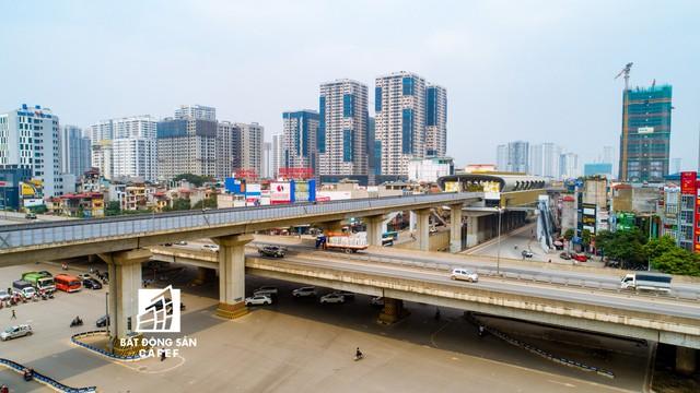 Sau 11 năm xây dựng, hình hài toàn tuyến metro đầu tiên của Việt Nam tại Hà Nội hiện nay như thế nào? - Ảnh 25.