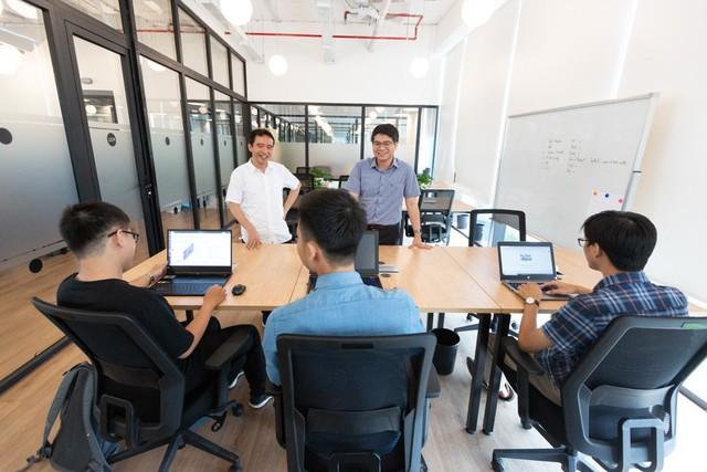 VinAI Research: 10 nhân sự có 3 người đến từ thung lũng Silicon, 3 người từng được giải Toán quốc tế - Ảnh 1.