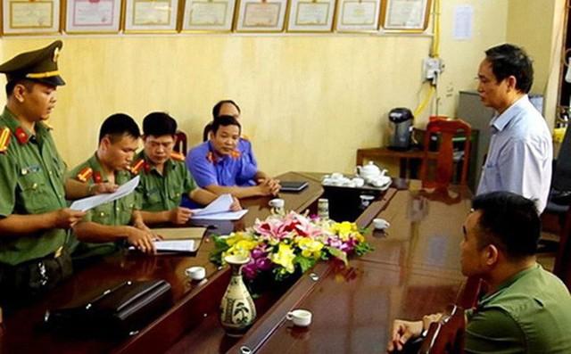 Xem xét trách nhiệm Phó Chủ tịch Hà Giang và Giám đốc Sở GD liên quan đến gian lận điểm thi - Ảnh 1.