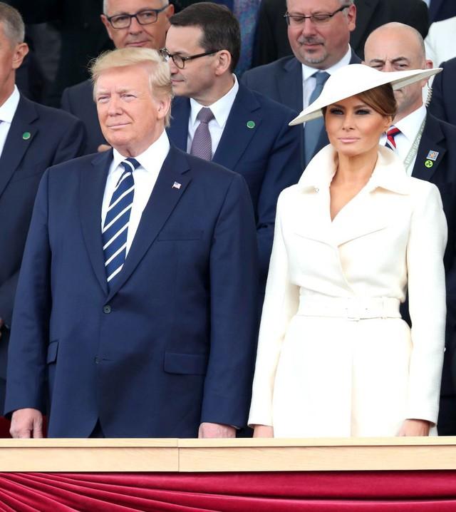Đỉnh không kém ái nữ của chồng, bà Melania Trump hớp hồn dân Anh suốt 3 ngày công du với thứ vũ khí đắc lực: Tinh tế đến đầy ẩn ý, lu mờ cả gia đình Hoàng gia - Ảnh 11.