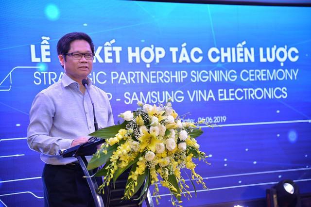 Mượn năng lực công nghệ của ông lớn Samsung, Egroup của Shark Thuỷ bước một bước tiến dài trong ngành giáo dục - Ảnh 3.