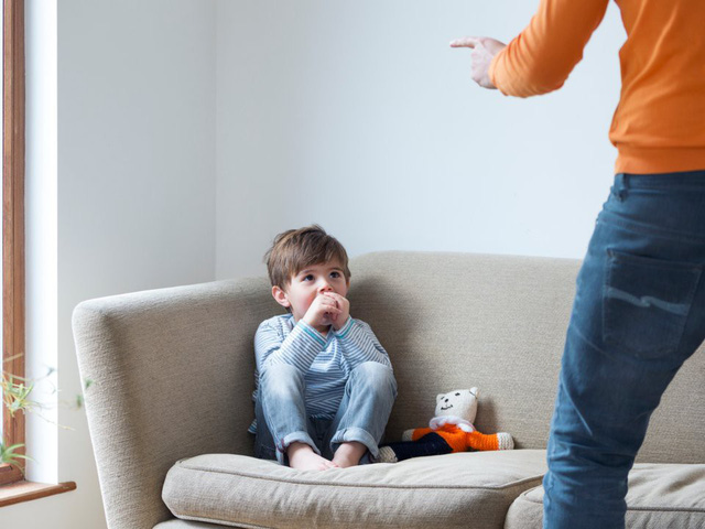 Cha mẹ thông minh không nói 5 điều này nếu muốn nuôi dưỡng tinh thần mạnh mẽ, bản lĩnh cho trẻ - Ảnh 3.