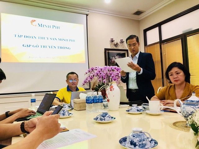 Đại diện Minh Phú (MPC): Con gà nguyên liệu đi vào và thành phẩm đi ra, dù cũng là thịt gà nhưng xuất xứ khác nhau, không phải nuôi ở đâu là xuất xứ ở đấy! - Ảnh 1.