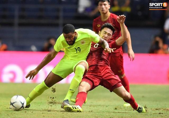 Xuân Trường lăn xả như chiến binh trong trận chung kết Kings Cup 2019 - Ảnh 5.