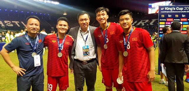VFF thưởng ĐT Việt Nam thêm 300 triệu đồng với ngôi á quân Kings Cup 2019 - Ảnh 1.