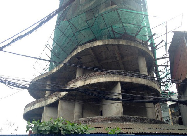 Tòa tháp ma hoang lạnh, ngàn tỷ đổ nát giữa Thủ đô - Ảnh 4.