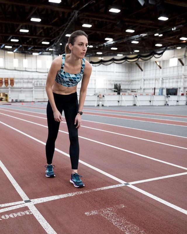 10 năm chiến đấu với bệnh ung thư hiếm gặp: Câu chuyện của nữ vận động viên người Mỹ sẽ truyền cảm hứng cho rất nhiều người bệnh khác - Ảnh 1.