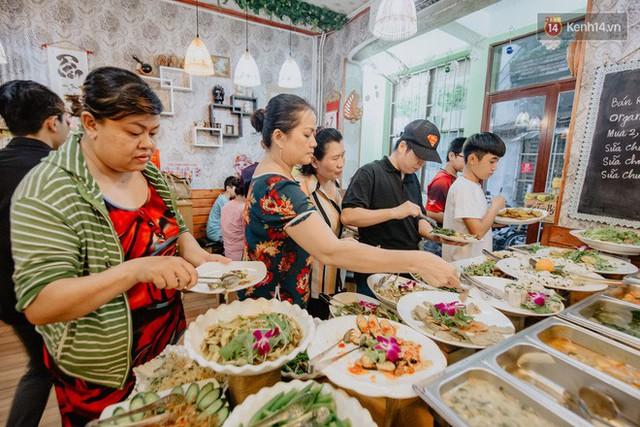 Quán chay từ thiện độc nhất vô nhị ở Sài Gòn: Ăn tuỳ bụng trả tiền… tuỳ tâm - Ảnh 16.