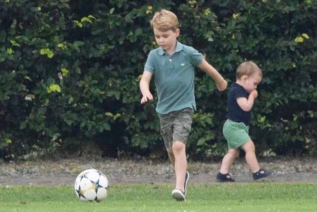 Hoàng tử Louis trở thành nhân vật HOT nhất sự kiện thể thao với loạt biểu cảm khiến người hâm mộ phát cuồng - Ảnh 10.