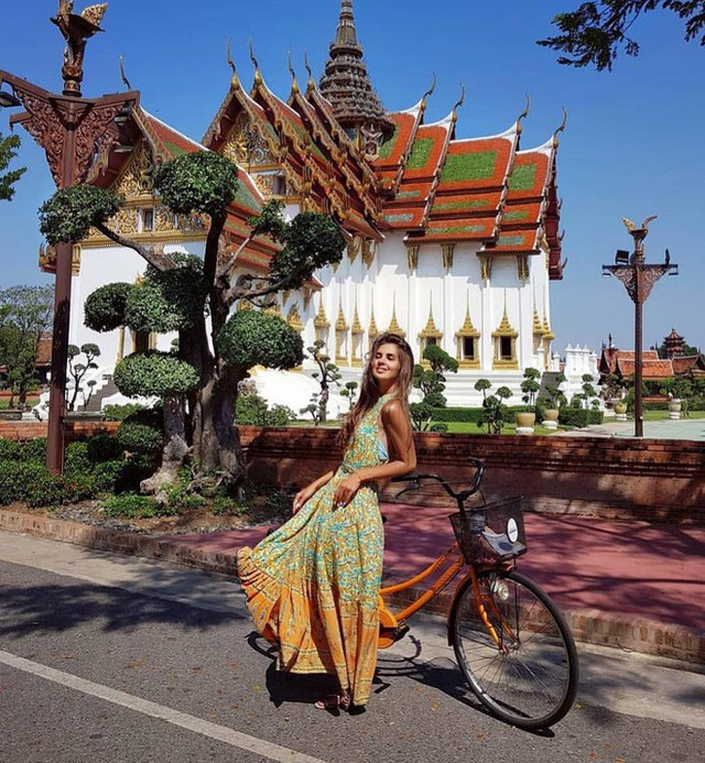 """Không tin vào mắt mình ngôi đền được canh giữ bởi """"cá khổng lồ"""" đẹp hệt cổ tích đang """"gây bão"""" Thái Lan - Ảnh 25."""