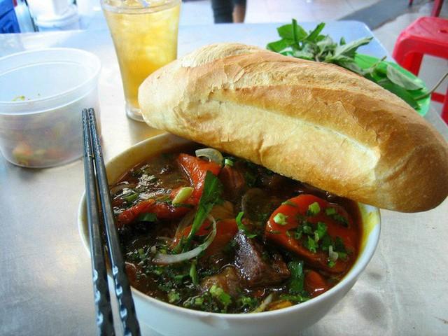 Chuyên trang du lịch uy tín quốc tế nhận định có tận... 11 món ăn Việt Nam ngon không kém gì phở trong mắt du khách nước ngoài - Ảnh 5.