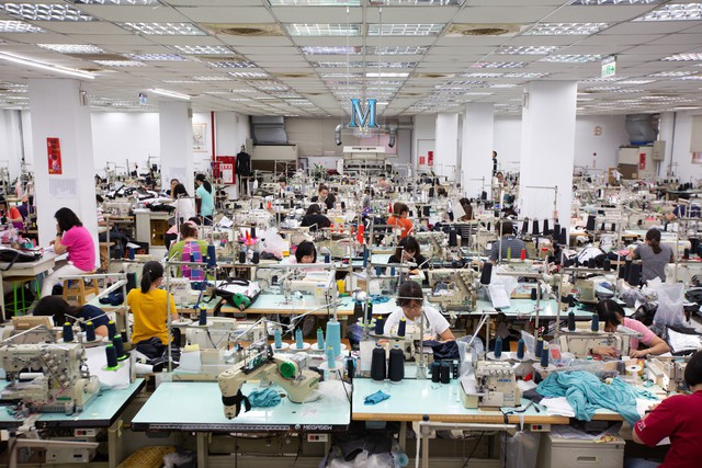 Các nhà sản xuất đồ chơi và đồ thể thao cho thị trường Mỹ chuyển hướng sang Việt Nam - Ảnh 2.