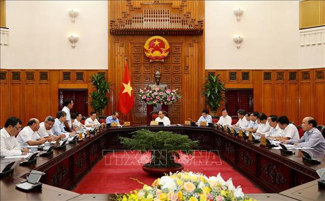 Thủ tướng: Phải bảo đảm minh bạch trong quá trình đầu tư, sản xuất điện - Ảnh 1.