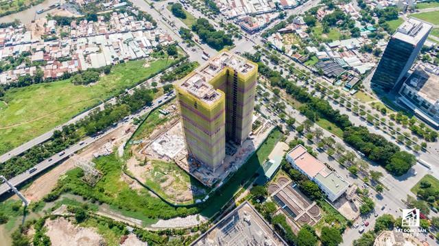 Cận cảnh dự án căn hộ cao cấp tại Phú Mỹ Hưng của Quốc Cường Gia Lai vừa bị buộc ngưng huy động vốn - Ảnh 8.