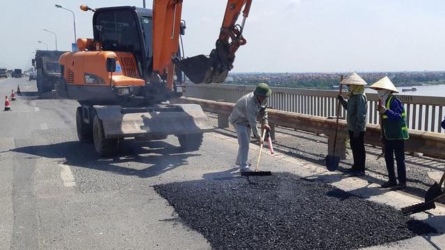 Cầu Thăng Long sửa mãi không xong: Có bí mật gì từ Liên Xô? - Ảnh 1.
