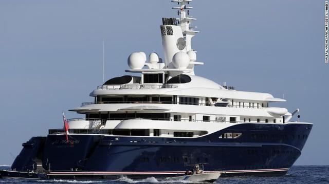 Vén màn cuộc sống làm việc của các tiếp viên trên siêu du thuyền: Mức lương mơ ước 9.000 USD/tháng nhưng phải đáp ứng đủ loại yêu cầu khắt khe! - Ảnh 9.