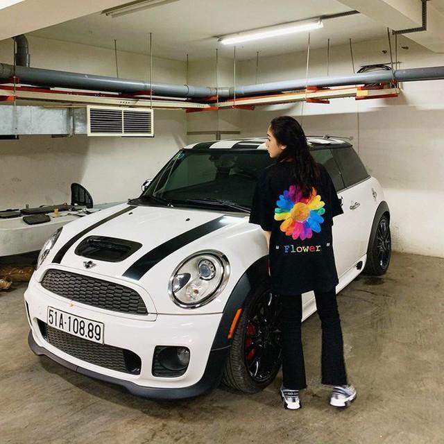 Thú chơi siêu xe và xe siêu sang toàn hàng khủng của vợ cũ đại gia Phạm Trần Nhật Minh cùng con gái - Ảnh 9.