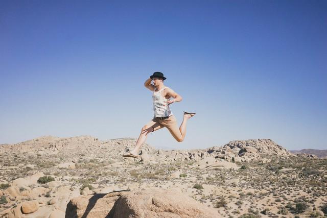 Không dám bước vì sợ gãy chân, nhưng vì sợ gãy chân mà không dám bước thì chẳng khác nào chân đã gãy: Biết ngã về phía trước, bạn mới làm nên đại nghiệp - Ảnh 4.