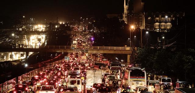 Thành phố có giao thông tồi tệ nhất thế giới, cả đường phố lẫn ga tàu đều chật ních người, đã tìm ra giải pháp khắc phục: Xây nhiều đảo nhân tạo! - Ảnh 4.